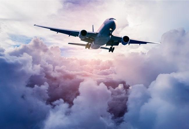 🥇 Fotomural Avión Entre Las Nubes