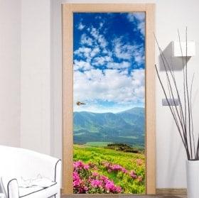 Vinilos para puertas flores en las montañas