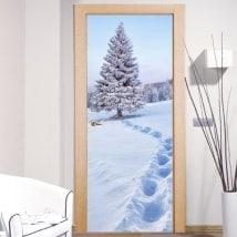 Vinilos decorativos puertas nieve en las montañas