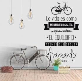 Vinilo frase la vida es como montar en bicicleta