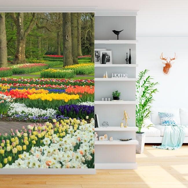 Fotomurales de vinilos jardín con flores y tulipanes