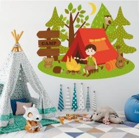 Vinilos infantiles y juveniles campamento en el bosque