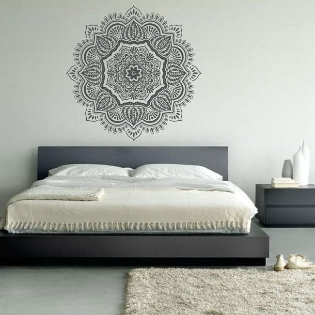 Vinilos mandalas para decorar paredes y objetos