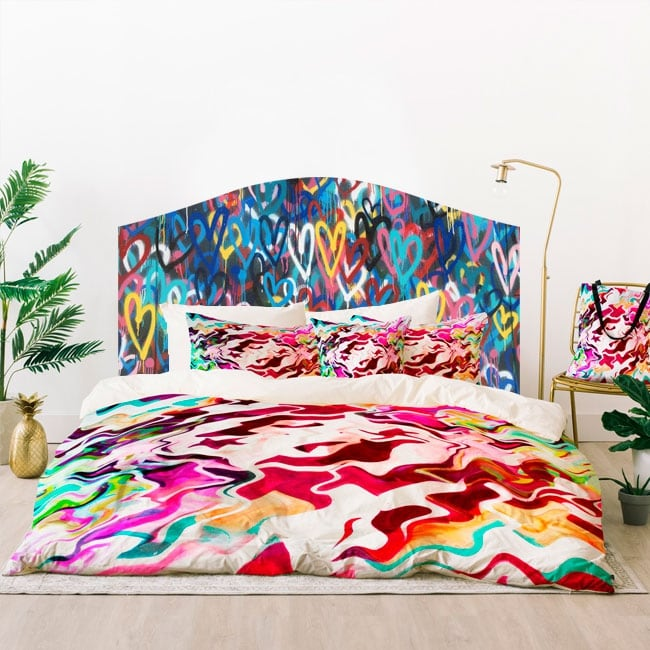 Vinilos cabeceros camas grafiti de corazones