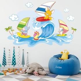 Vinilos de pared animales infantiles windsurf en la playa