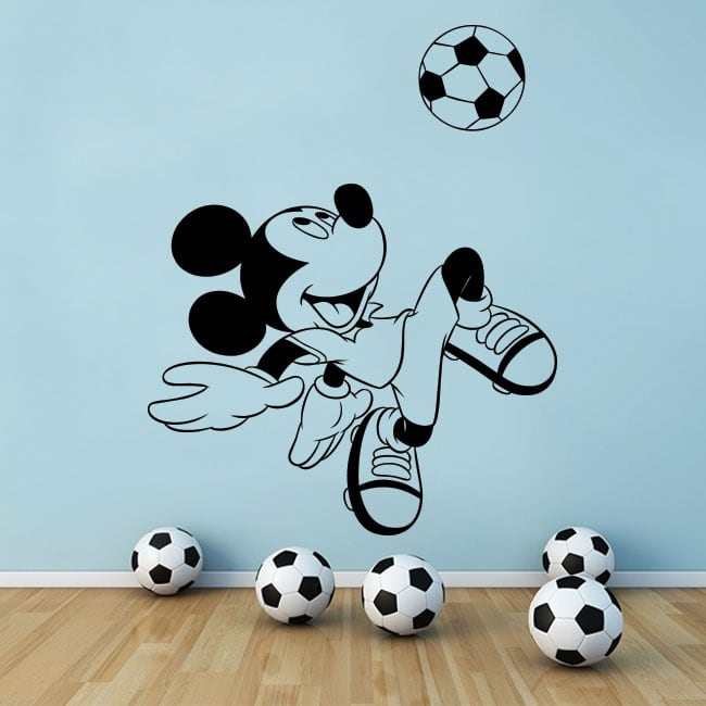 Vinilos disney mickey mouse con pelota de fútbol