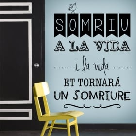 Vinilos y pegatinas frases catalán somriu a la vida