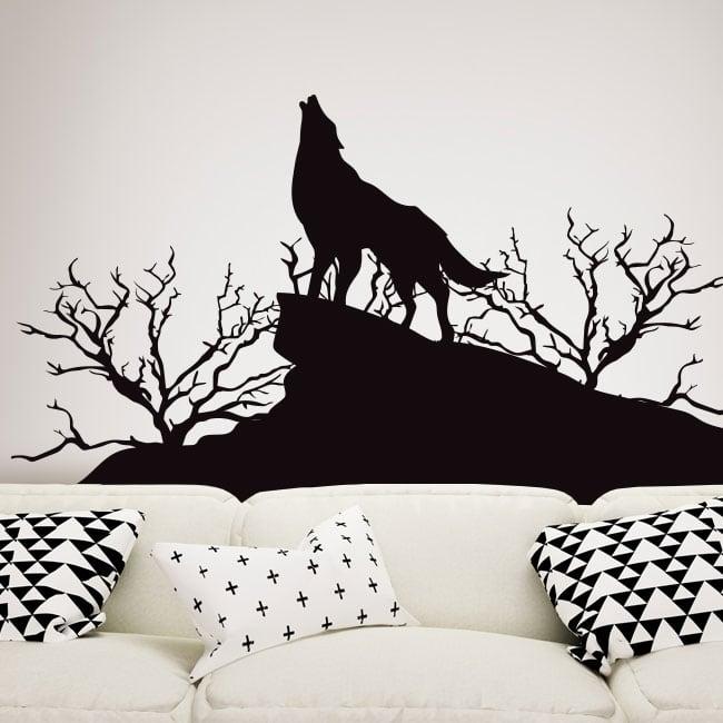 Vinilos decorativos y pegatinas lobo en la naturaleza